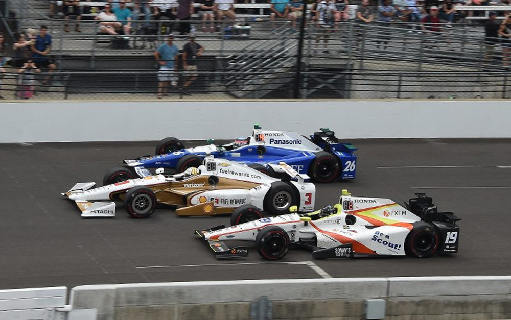 JONES SPEEDS TO TOP THREE FINISH ON DAZZLING INDY 500 DEBUT